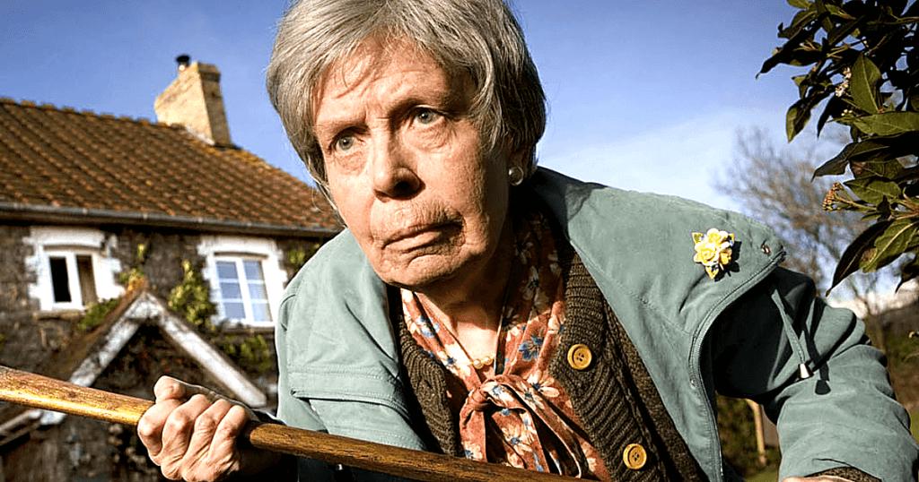Милые-милые бабушки с тонной ненависти к детям