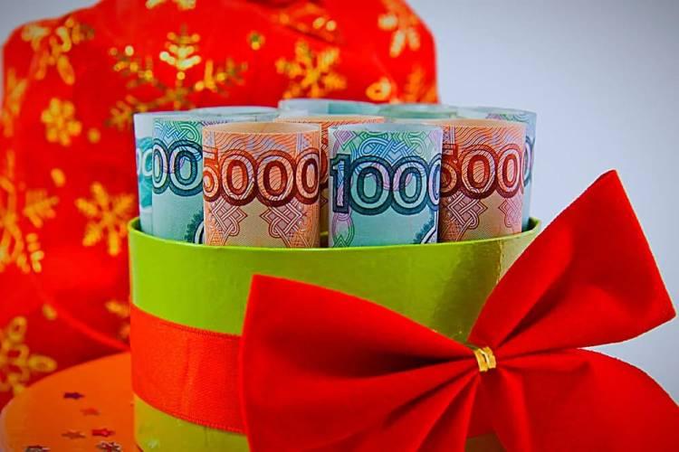 Как правильно дарить деньги, чтобы они к тебе вернулись? Законы денежной магии