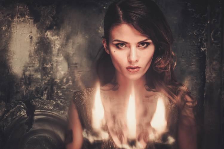 Признаки ведьмы: 11 Признаков того, что перед вами сильная Ведьма