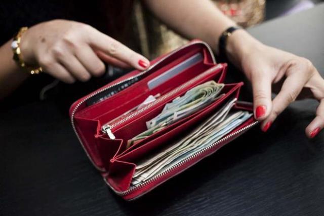 Что держать в кошельке, чтобы в нем водились деньги! И что делать запрещено!