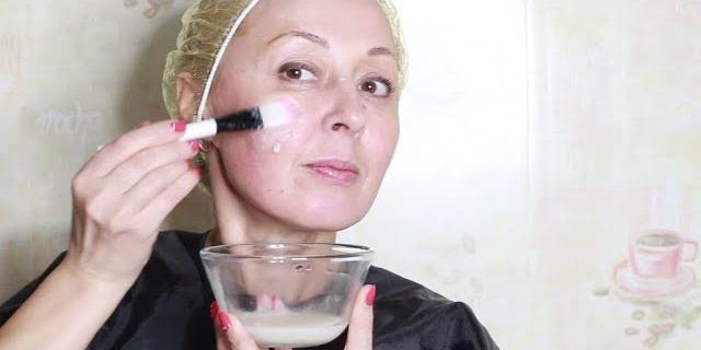 Домашняя маска с эффектом ботокса: 5 дней — и выглядим моложе на 10 лет!