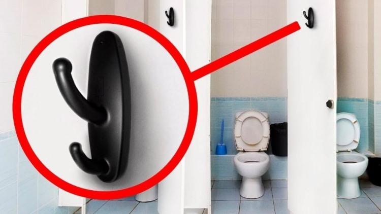 Если вы увидите крючки в общественном туалете или душе, немедленно обращайтесь в полицию