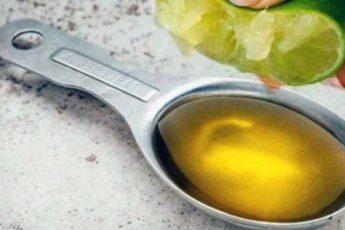 Смешайте 1 лимон с 1 столовой ложкой оливкового масла и Вы будете использовать это всю жизнь!