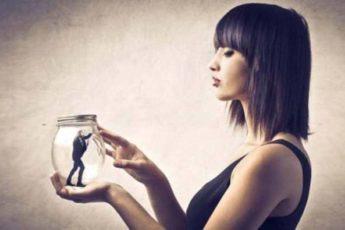 В каком возрасте женщина уже может спокойно жить без мужчины?