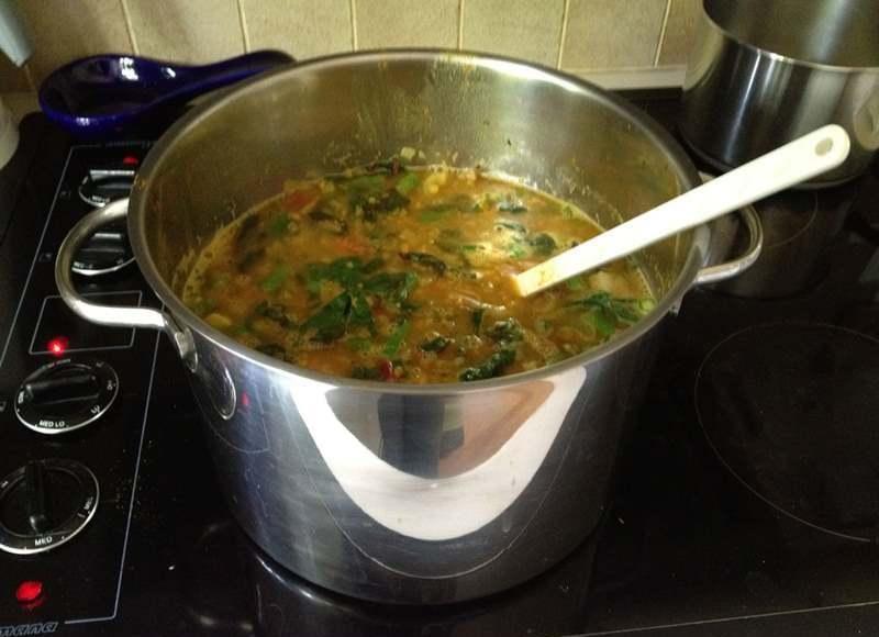 Вот почему нельзя оставлять половник в кастрюле с супом: